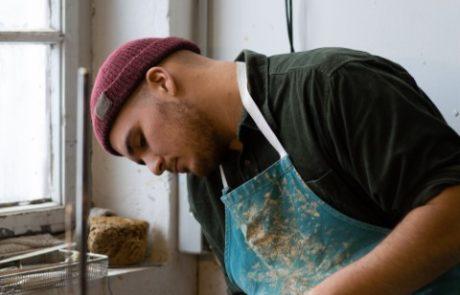Sebastian Pertl Keramik - Drehen an der Töpferscheibe